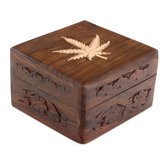 Wooden Stashbox with Leaf