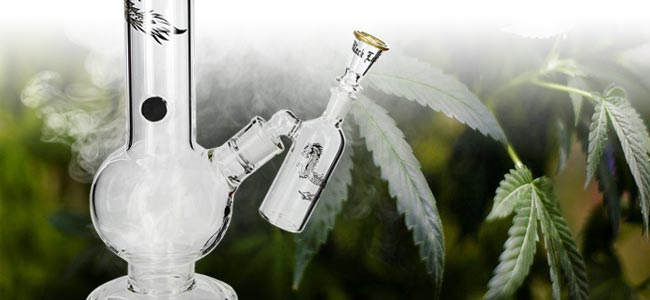 Cannabis Rauchen Bong