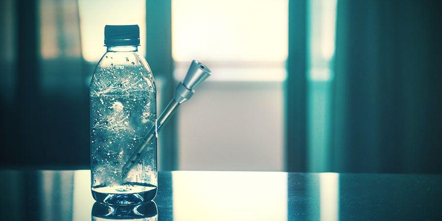 Plastikflaschen-Bong