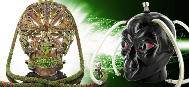 Mit Gold Verzierte Skull Bong Von Scott Deppe & Keramikbong Alien