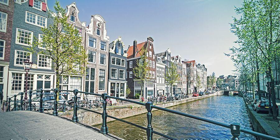 Smoke-Spots In Amsterdam: Die Malerischen Kanäle