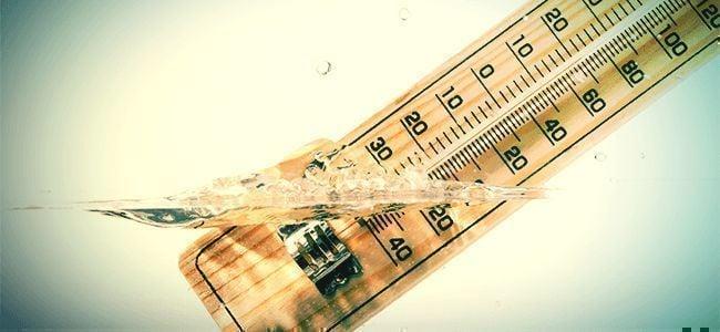 Wassertemperatur Und Tageszeit