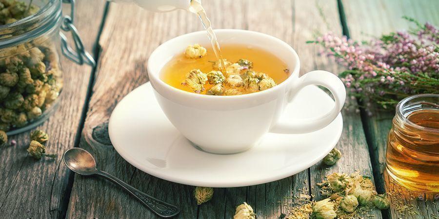 Wie man Schlafkräuter einnimmt: Tee kochen