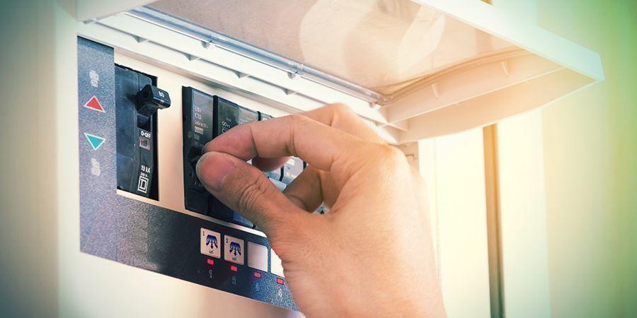 Sieh Nach, Ob Im Zählerschrank Ein Fi-schalter Installiert Ist (#4)