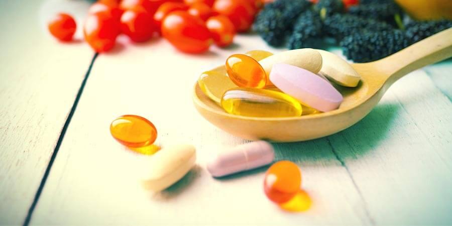 Kräuter und Nahrungsergänzungsmittel