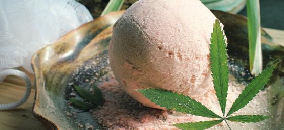 Wie Man Mit Cannabis Infundierte Badebomben Herstellt
