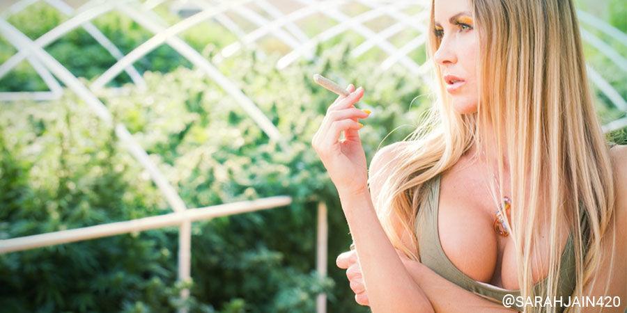 Top Female Cannabis Influencers On Instagram: @sarahjain420