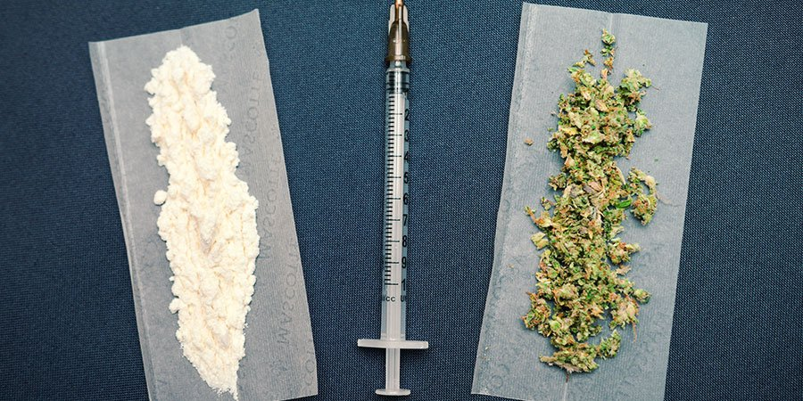 IS MIXING DRUGS A GOOD IDEA?