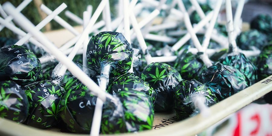 What are weed lollipops