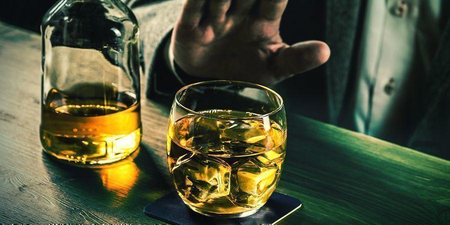Finger weg vom Alkohol, bis Du ein Experte in Sachen Esswaren bist