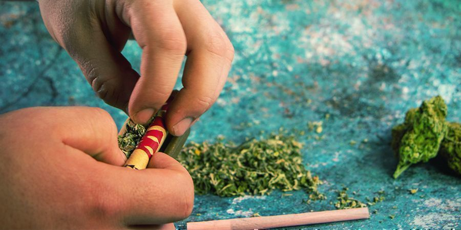 HOW MUCH CANNABIS DO YOU NEED TO ROLL A JOINT?