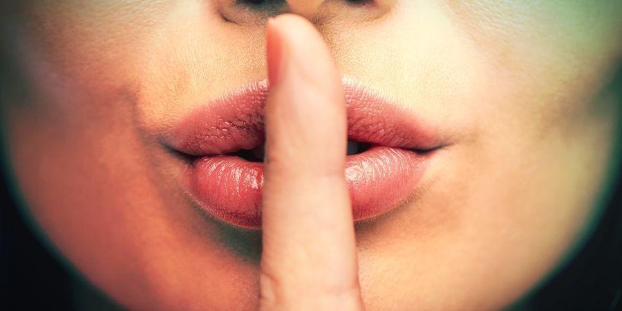 Du Spricht Nicht Über Dein Geheimnis