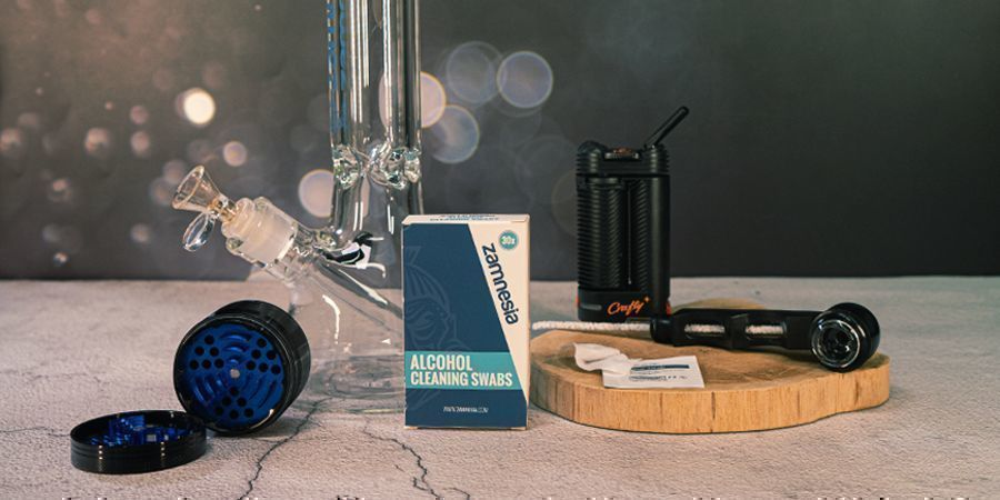 Why Clean A Smoking Bong, Pipe, Or Vaporizer?