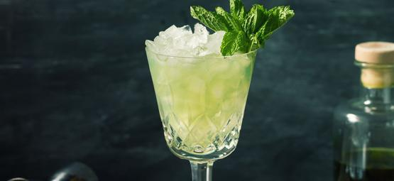 5 Myths About Absinthe