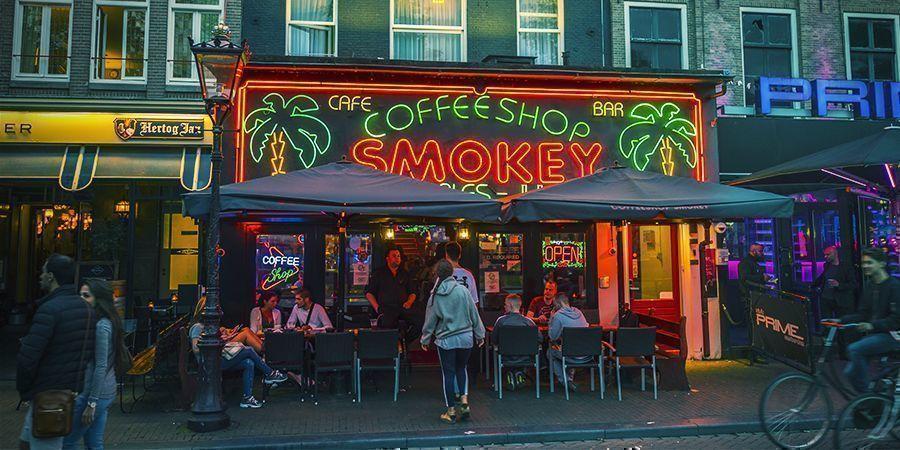 Amsterdam Smoke Spots: Coffeeshops
