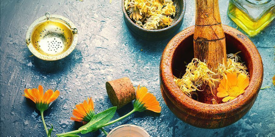 HOW TO MAKE YOUR OWN CALENDULA EXTRACT/OIL