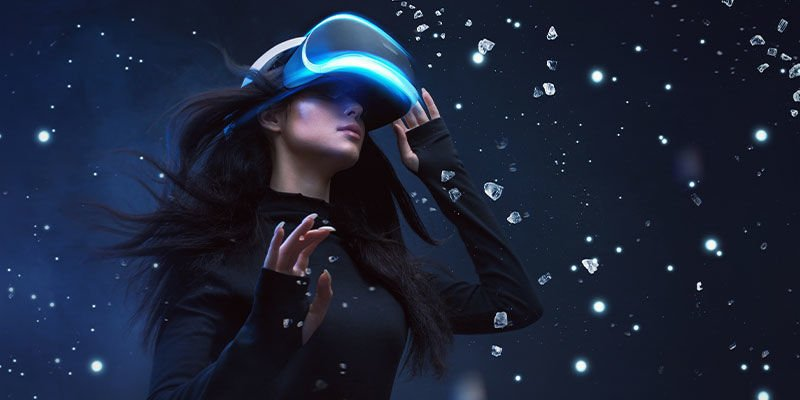 What Is VR/Virtual Reality?