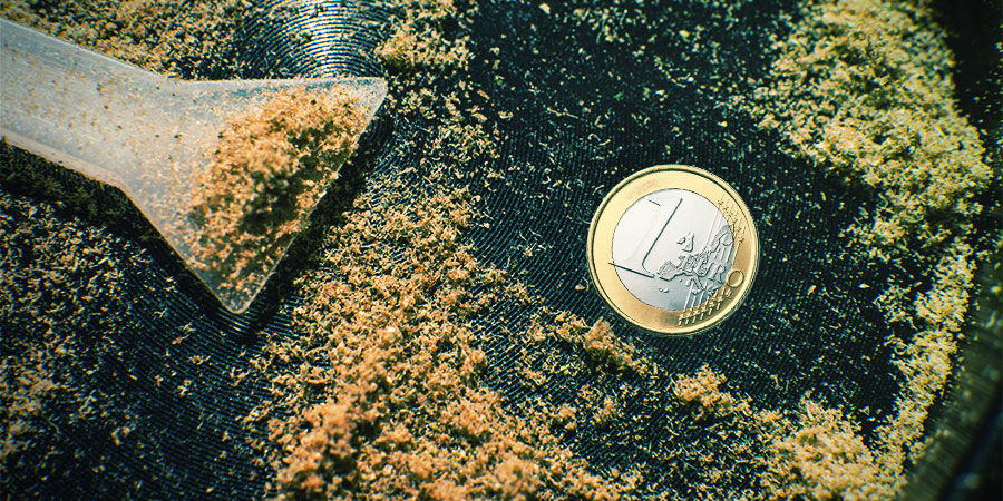 Collecting Kief: Try Adding A Coin To Your Grinder