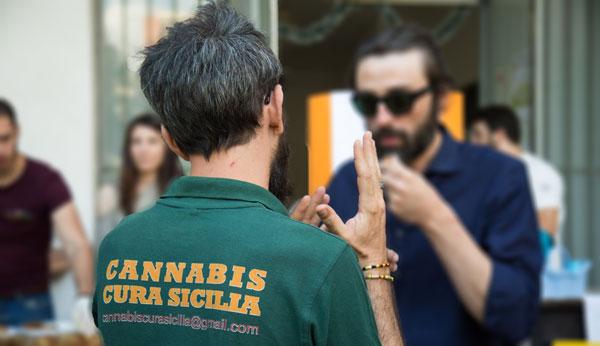 Cannabis Cura Sicilia T Shirt