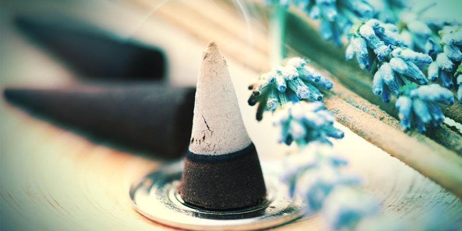 Incense sticks vs. cones