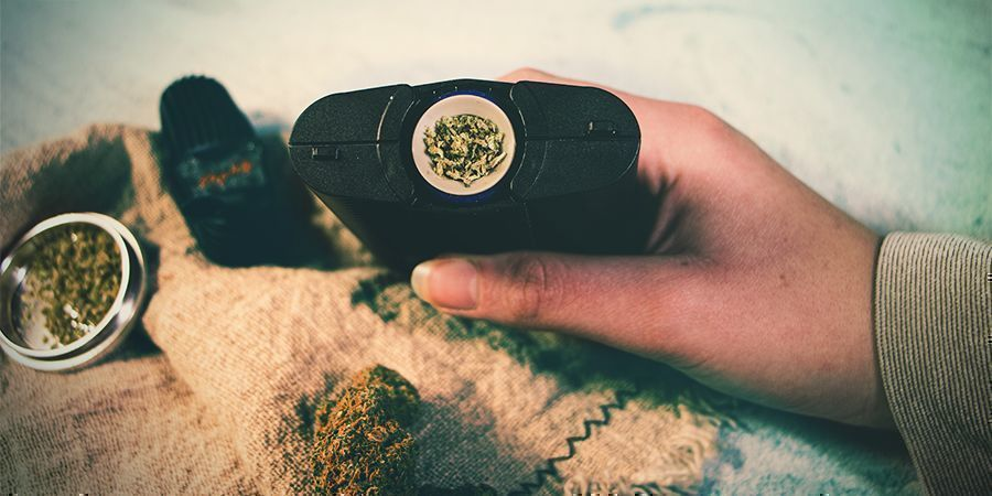 WHAT IS A DRY HERB VAPORIZER?