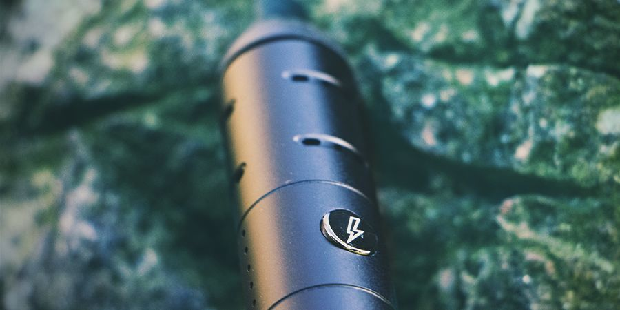 WHICH MATERIALS MAKE FOR A GOOD DRY HERB VAPORIZER?